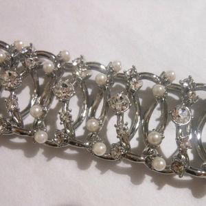 Banana Republic Jewelry - BANANA REPUBLIC Lady Chain Bracelet*Pearl/Glass